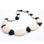 Collier d'allaitement Lia Black/ivory | .