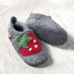 POLOLO Walkschuh mit Ledersohle Erdbeere