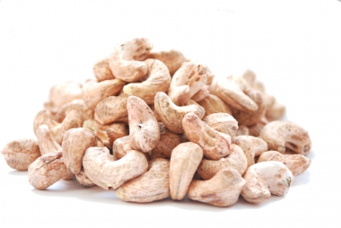 Cashew nuts with skin 250 g