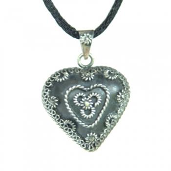 Bola Filigrain heart